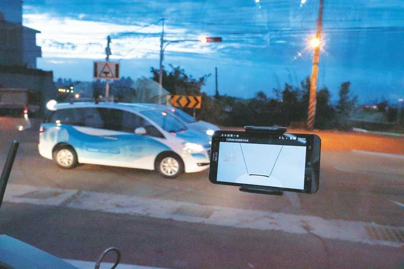工研院研發車聯網系統iRoadSafe已在臺灣部分路口應用,未來結合5G將加速影像與圖資等傳輸運算資料時間。